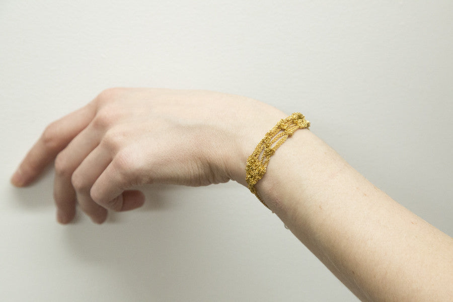 Bare Frame Bracelet in Haze