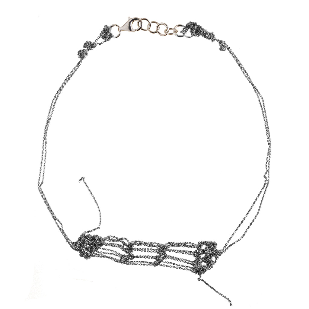 Clasped Bare Frame Necklace in Ash