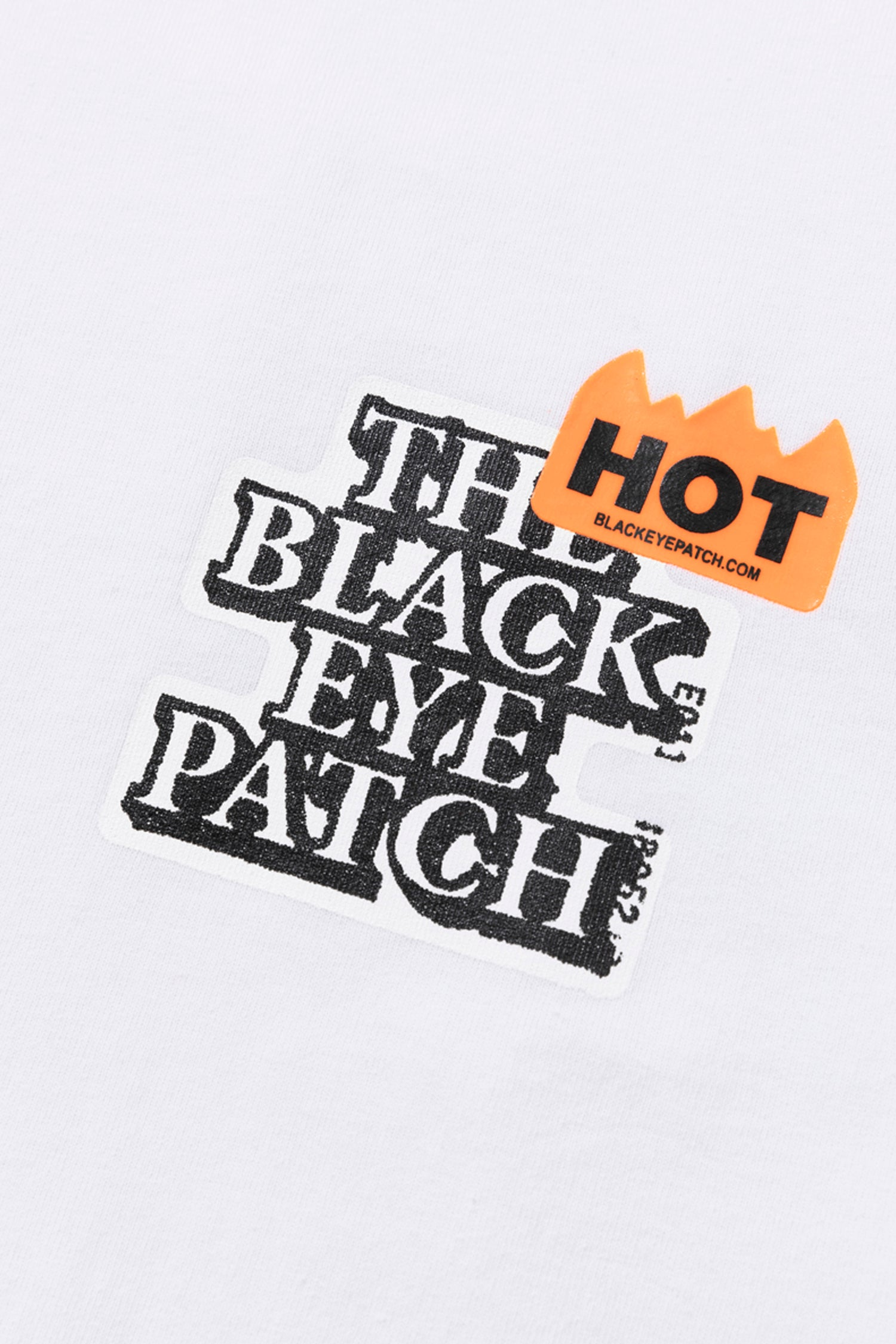 Selectshop FRAME - BLACKEYEPATCH Hot Label Logo Tee T-Shirts Dubai