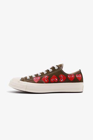 Selectshop FRAME - COMME DES GARCONS PLAY Converse Chuck Taylor All Star '70 Low Multi Red Heart Footwear Dubai