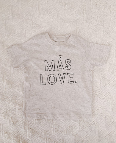 """MÁS LOVE"" mini tee"