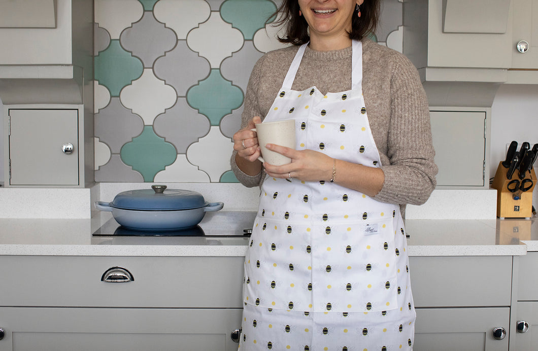 Beautiful Bumble Bee adult apron 100% cotton from our Bee homewares collection