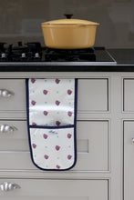 Load image into Gallery viewer, Beetroot oven gloves from the kitchen linens collections
