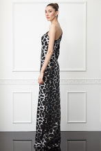 Load image into Gallery viewer, Print Y62 sequined crepe single sleeve maxi dress