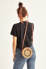 Camiseta Hippies Negra
