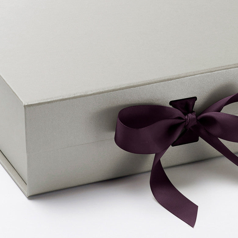 Foldabox UK Pearl Silver Gift Box with Changeable Ribbon