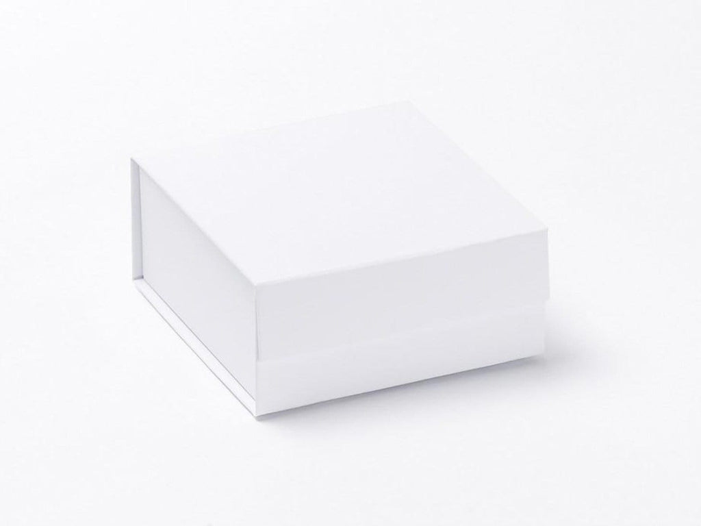 White Small Folding Magnetic Gift Box Without Ribbon