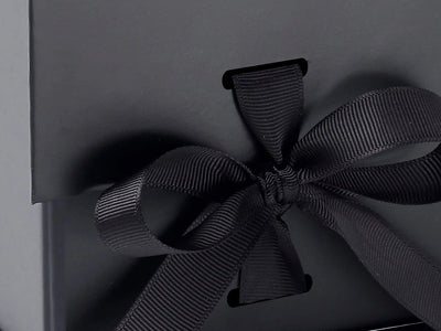 Black Large Cube gift box with changeable ribbon detail