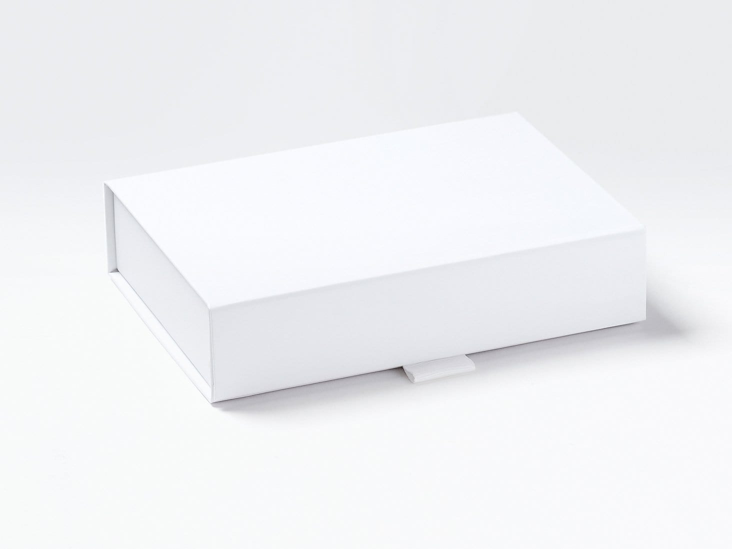 White A6 Shallow Gift Box Assembled