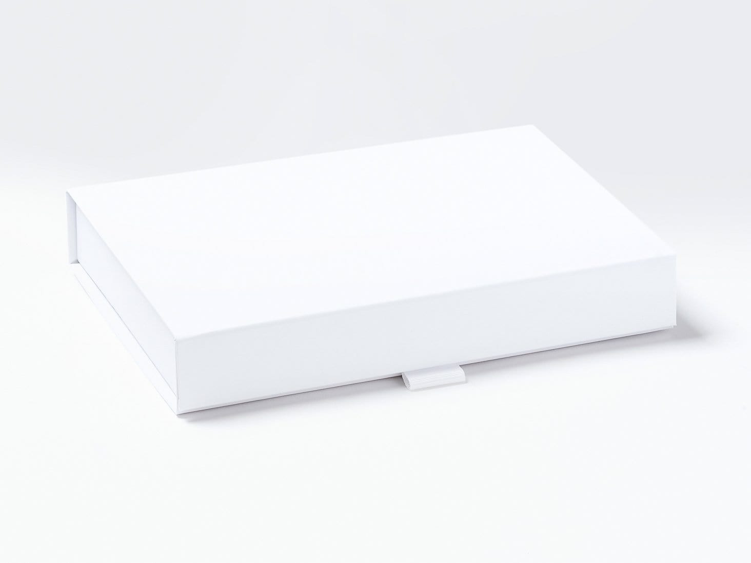 White A5 Shallow Gift Box Assembled