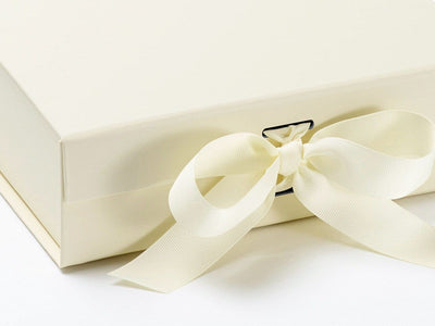 Ivory Medium Gift Box with Changeable Ribbon Detail
