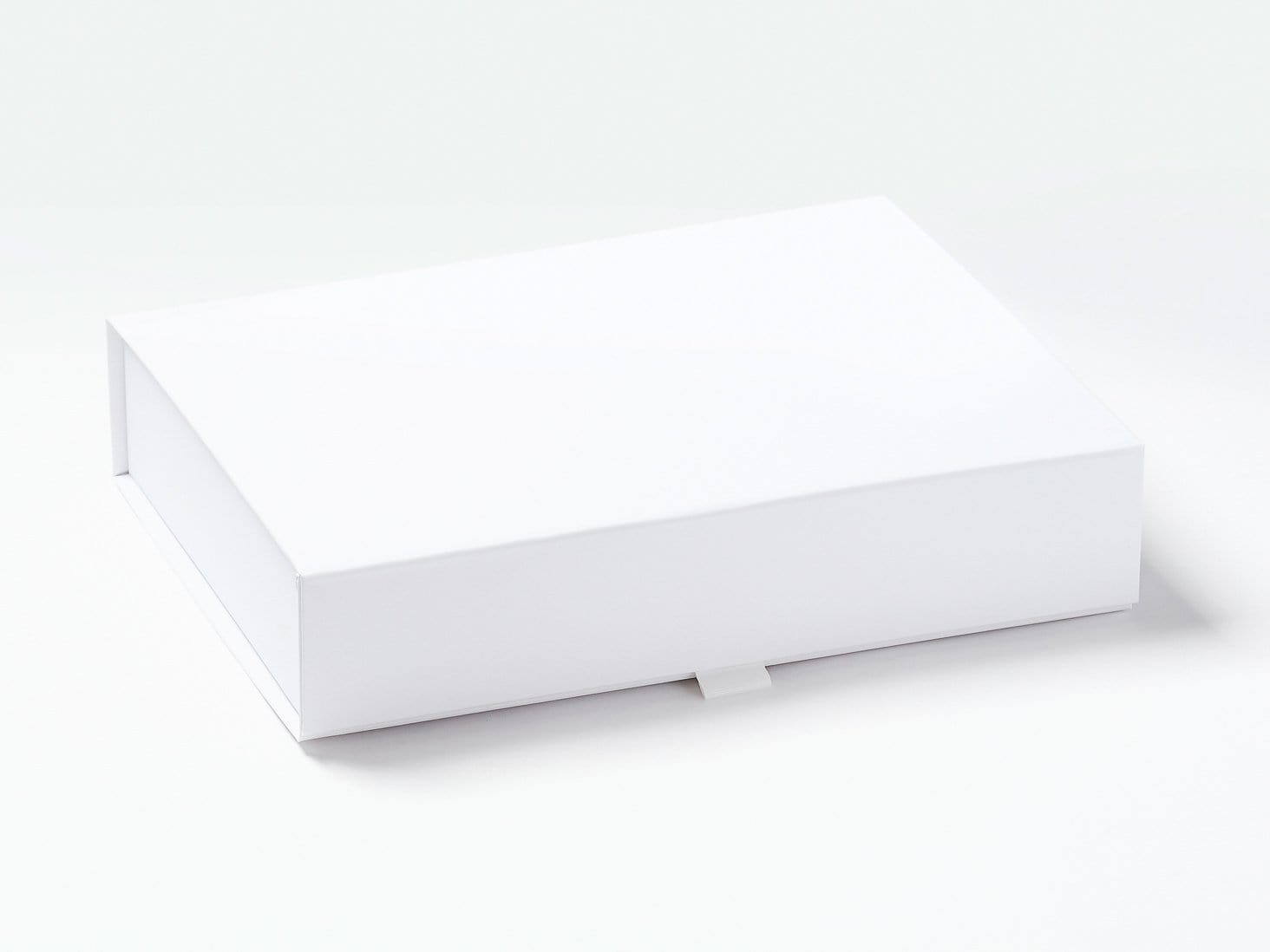 White A4 Shallow Luxury Gift Box Sample