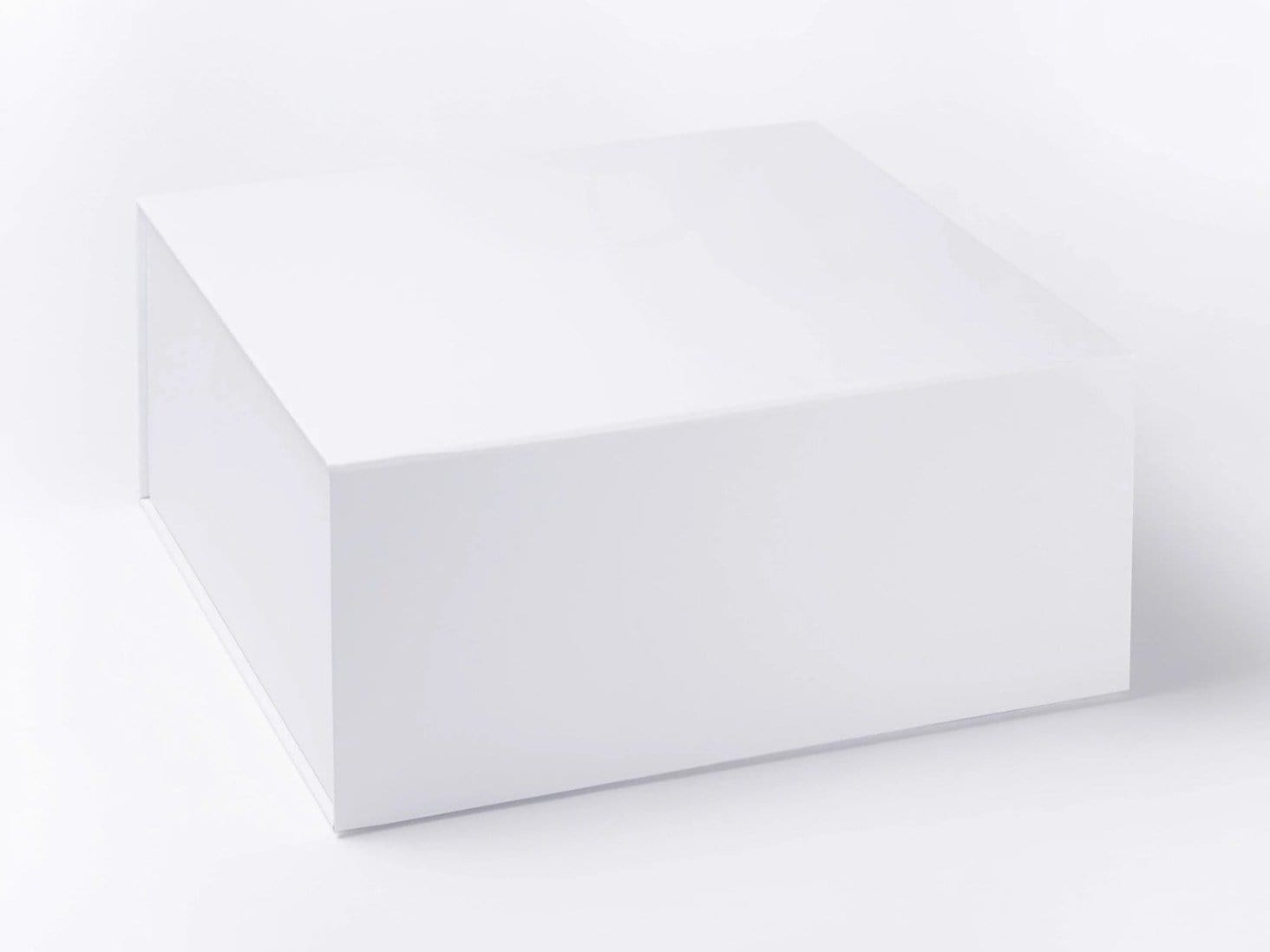 White XL (Extra Large) Deep Folding Gift Box sample without Ribbon
