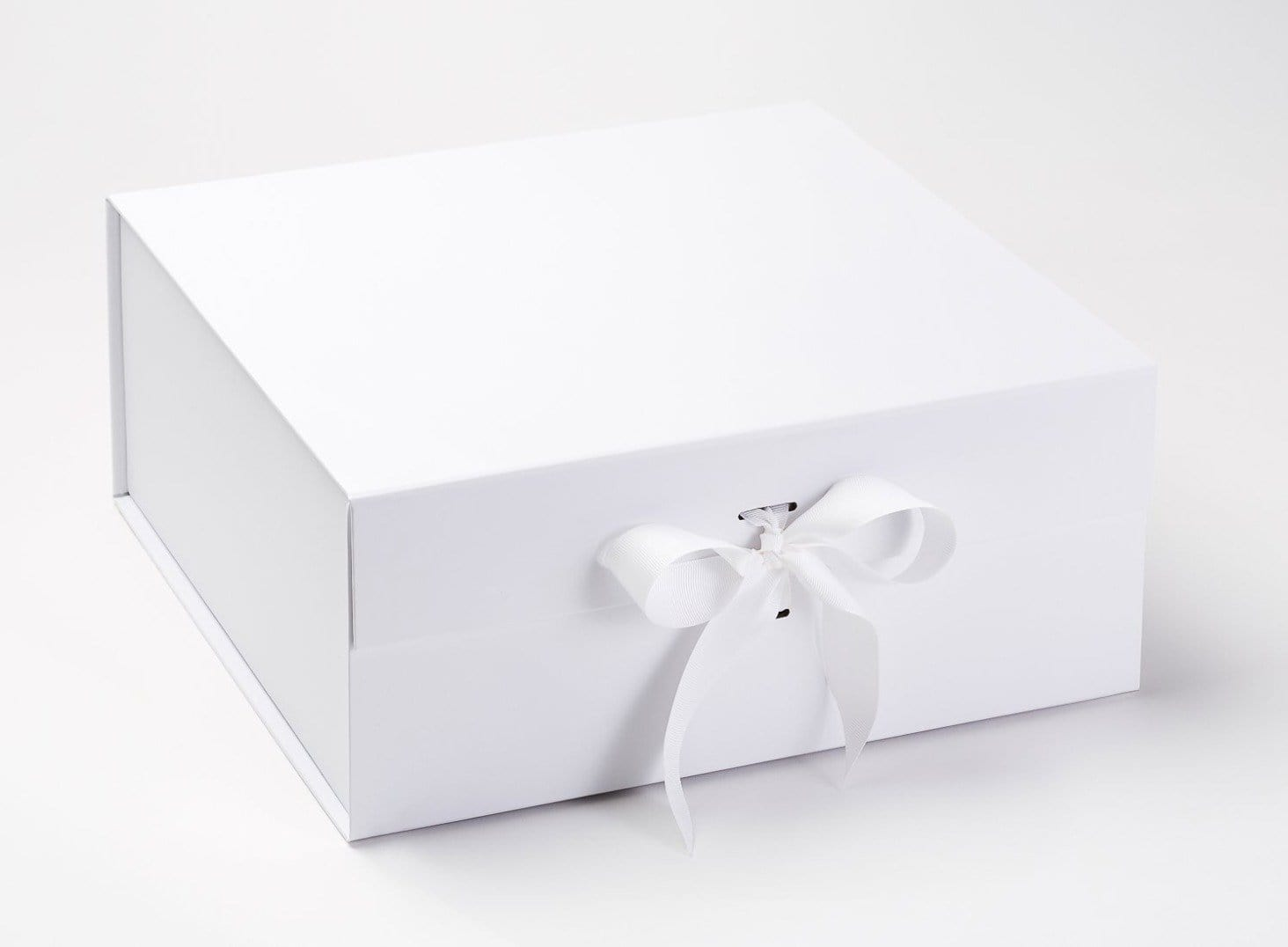 White XL Deep Gift Box with Changeable Ribbon Supplied with White Ribbon