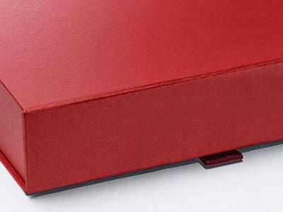 Red A4 Shallow Gift Box Magnetic Front Closure Detail