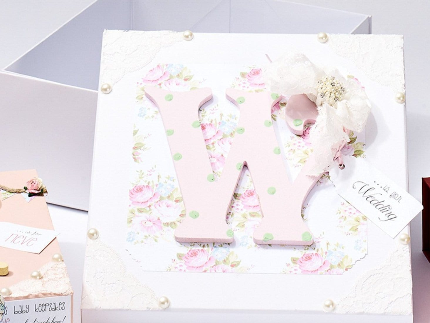 Wholesale White Medium Lift Off Lid Gift Boxes From Uk Stock