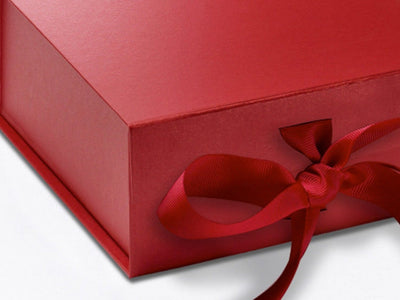 Small Red Pearl Folding Gift Box Ribbon Detail