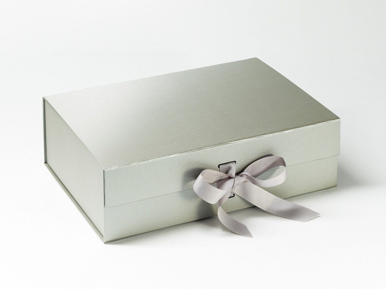 A4 Silver Folding Gift Box with Changeable Ribbon and Magnetic Closure from Foldabox