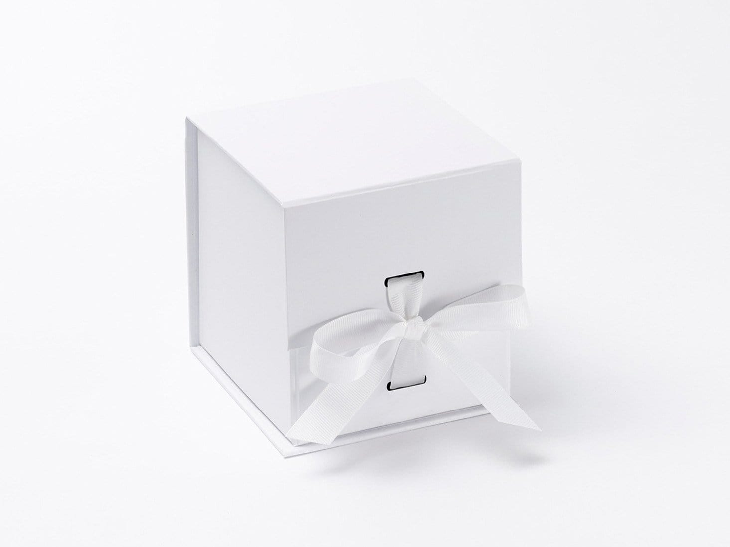 Small White Cube Folding Gift Boxes with Changeable Ribbon