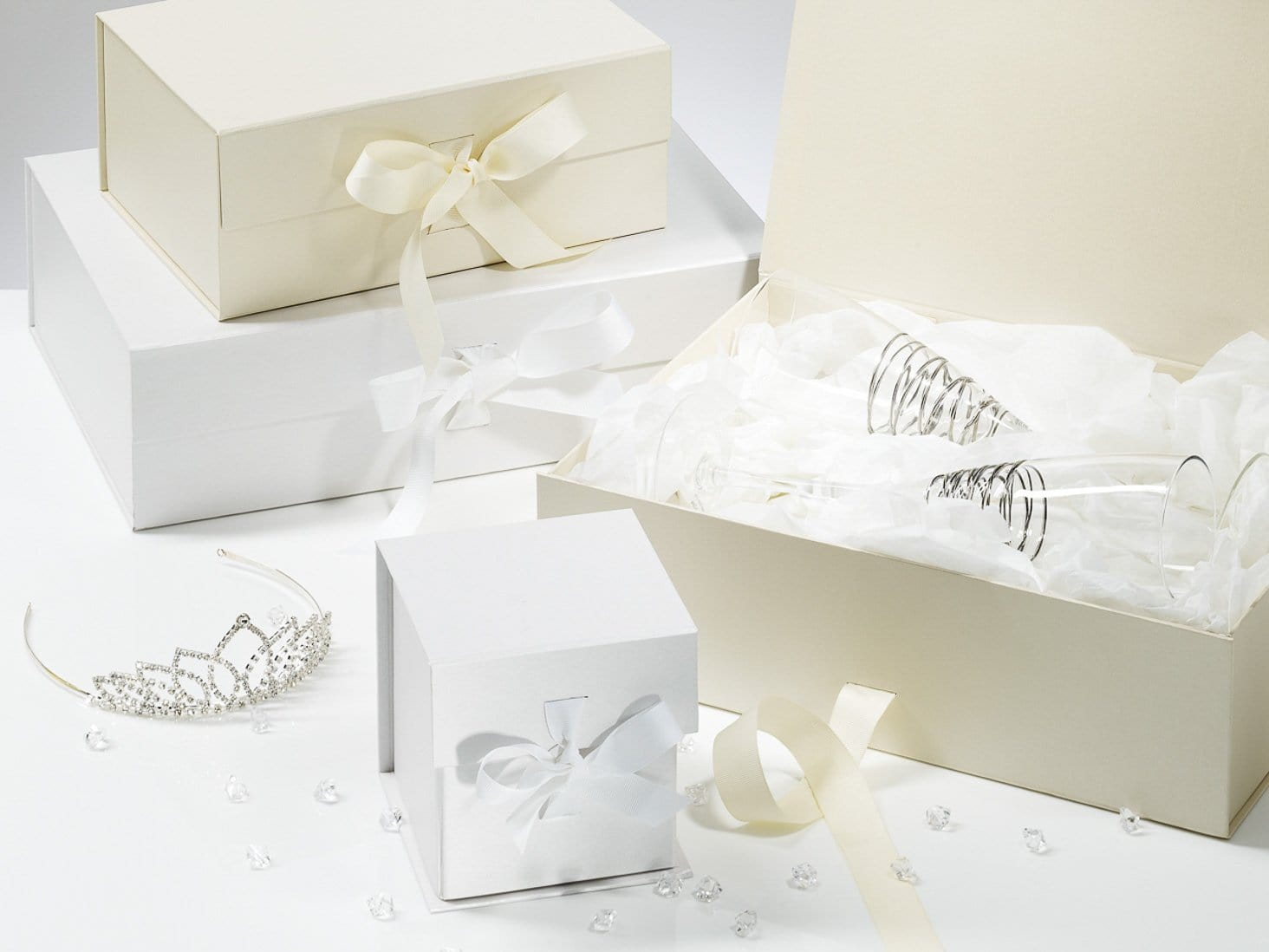 Wedding Gifts Boxes: Luxury White A5 Gift Boxes With Fixed Grosgrain Ribbon