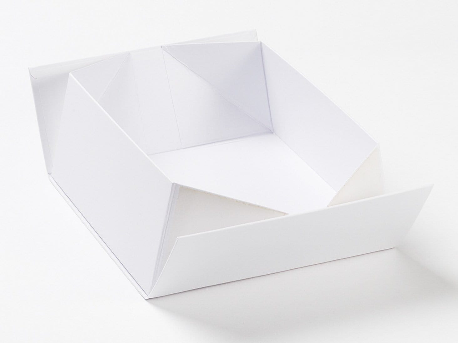 Wholesale White Medium Lift Off Lid Gift Boxes From Uk