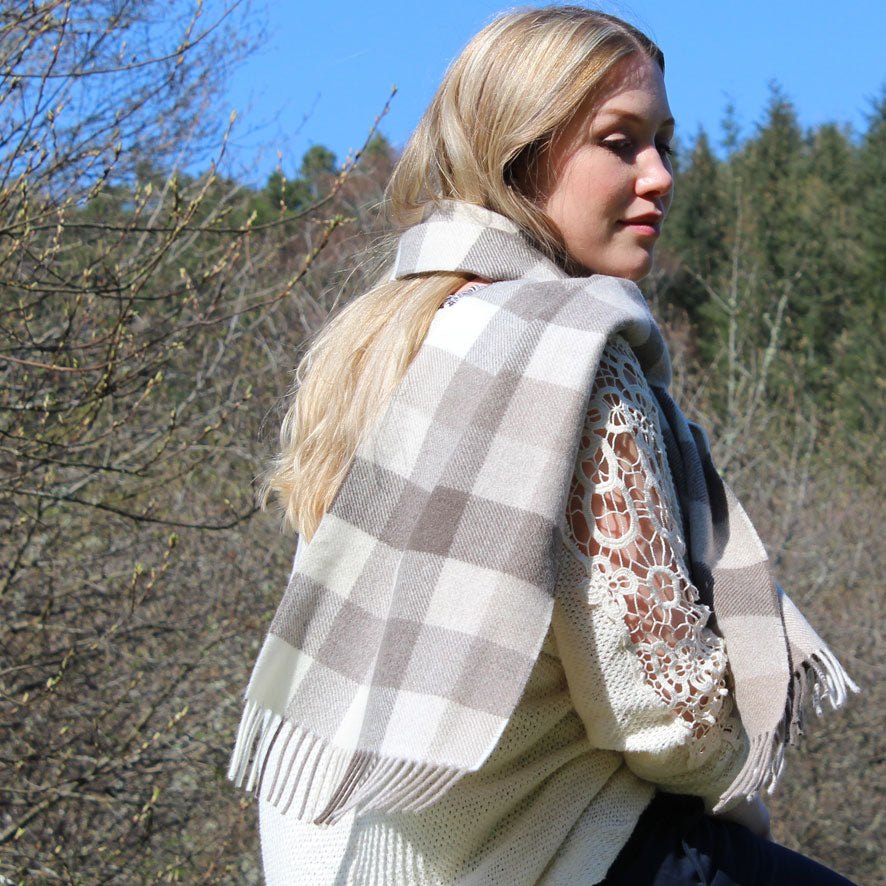Natural_Block_scarf