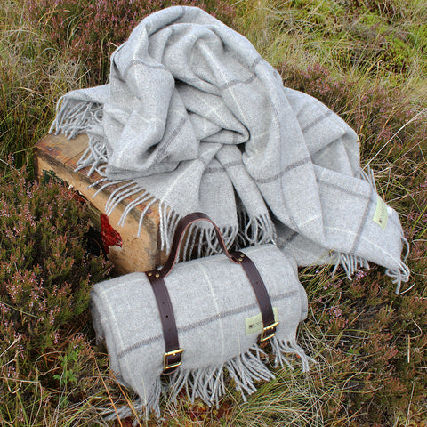 Undyed Granite Windowpane Throw