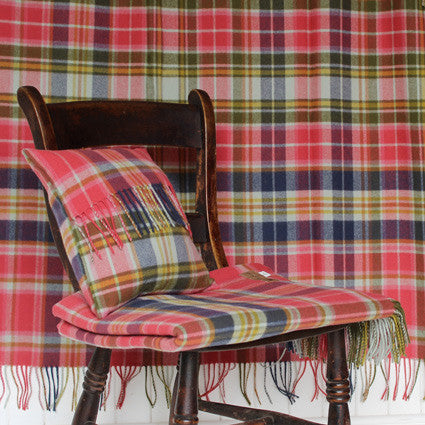 1775 Tartan Throw