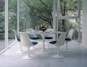 Knoll Dining Table — Designed by Eero Saarinen, 1957
