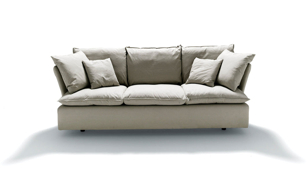 Depadova Pillow Sofa — Designed by Vico Magistretti