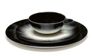 Dé Tableware — Designed by Ann Demeulemeester