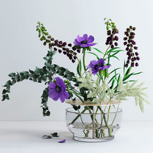 Load image into Gallery viewer, Vase Ikebana — Designed by James Hayon
