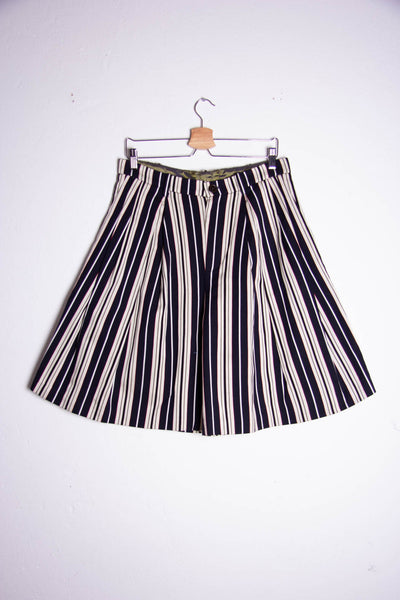 Pleated Bermuda