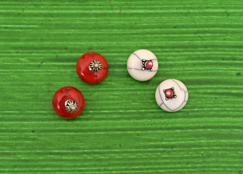 BELA STUDS- PACK OF 2 RED WHITE