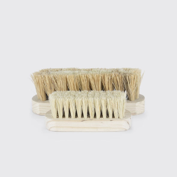 Wood and vegetable fiber vegetable brush handmade in Mexico