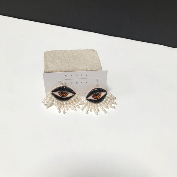 Eyes of Venus Earrings in Noir with White Rice Pearls