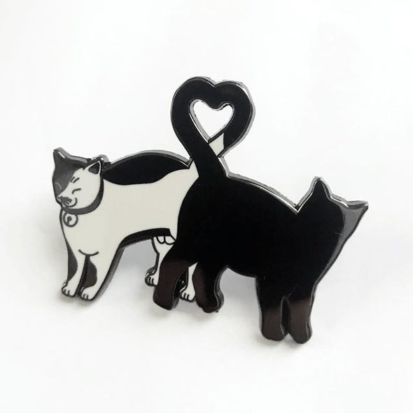 Kitty Love Pin