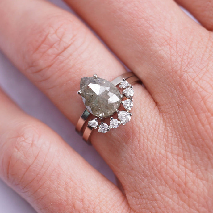 Getting Engaged Over the Holidays? Here's How to Pick the Perfect Diamond