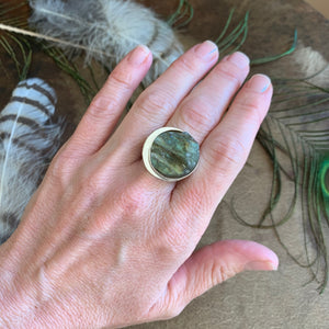 ROUND RAW LABRADORITE STERLING SILVER RING
