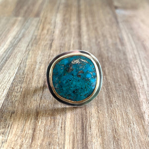 KINGMAN ROUND TURQUOISE STERLING SILVER RING