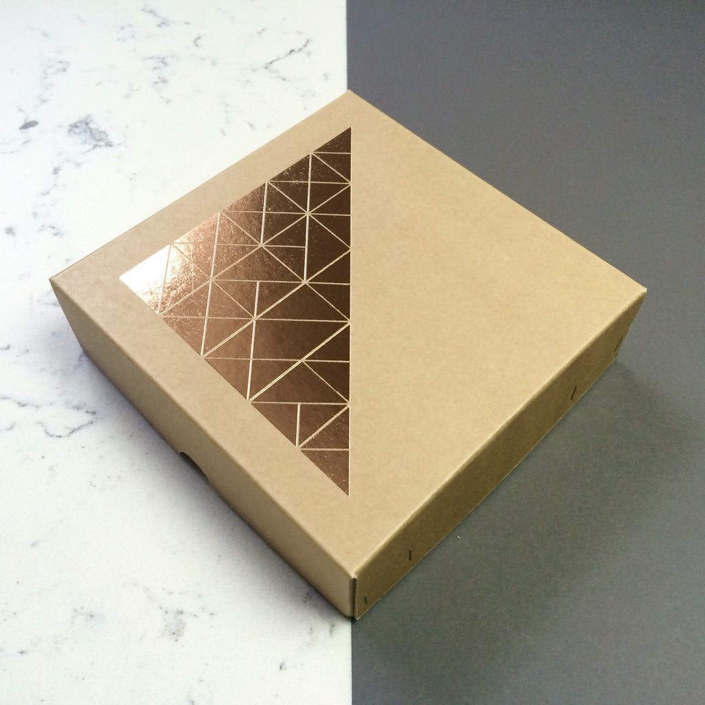 BG2-c Medium Triangle Box