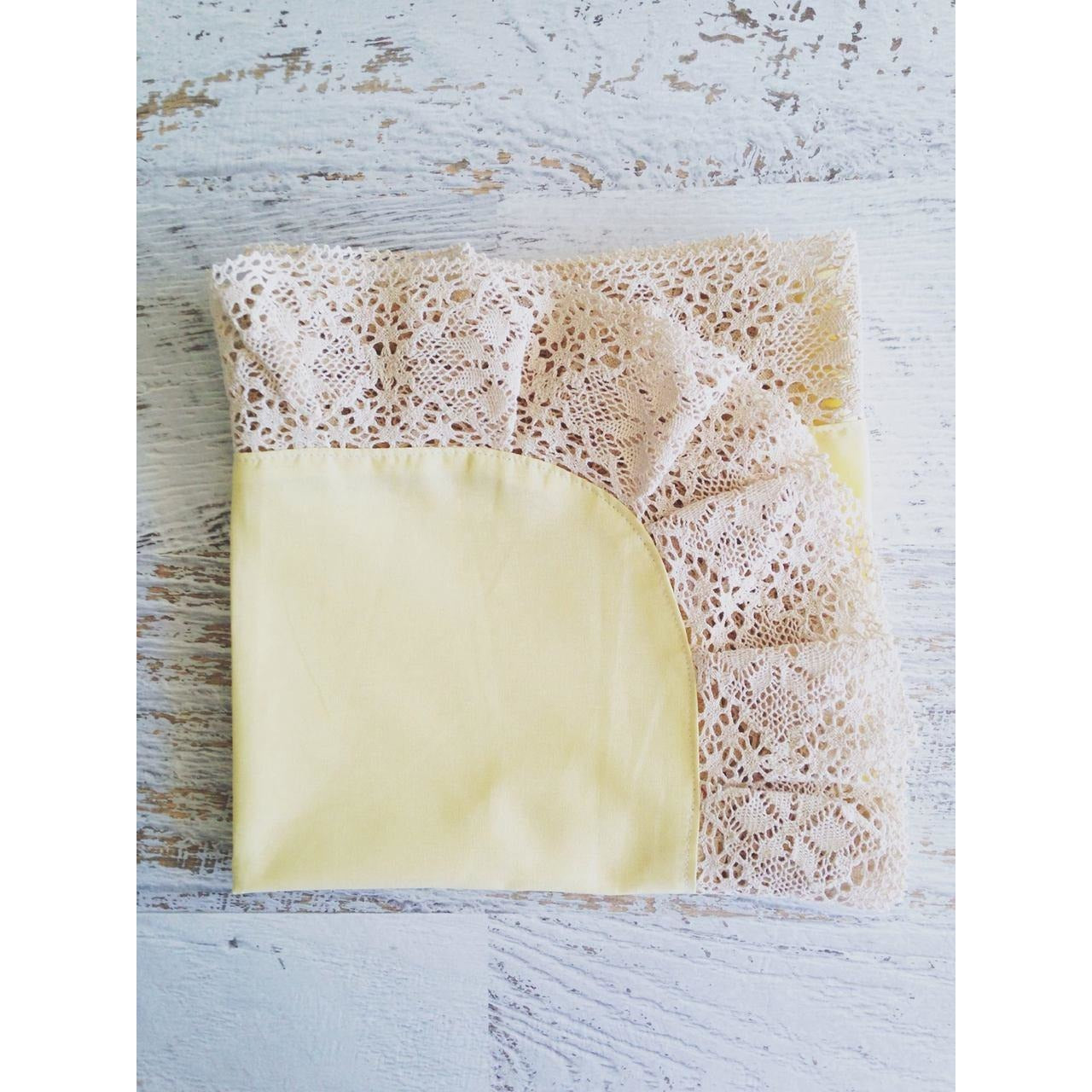 Amelie Lace Baby Wrap Lemon