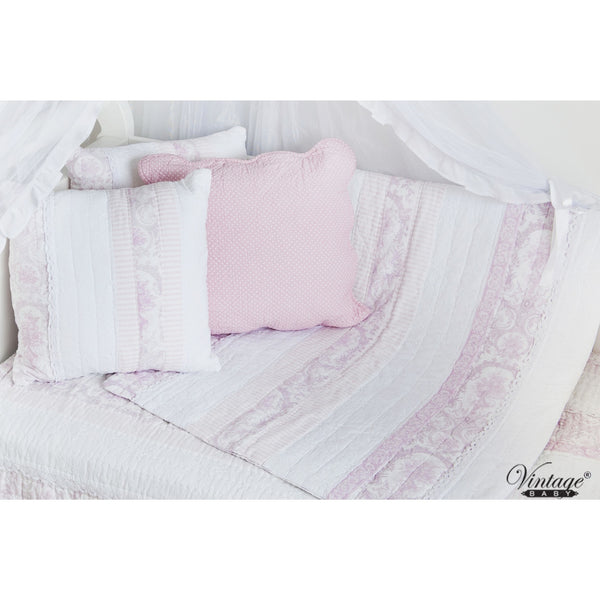 Juliet Pink & White Coverlet Quilt