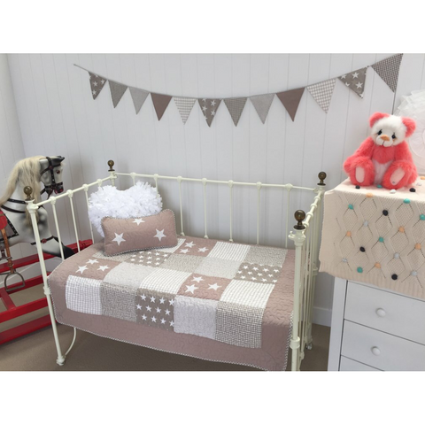 Natural Star Cot Quilt