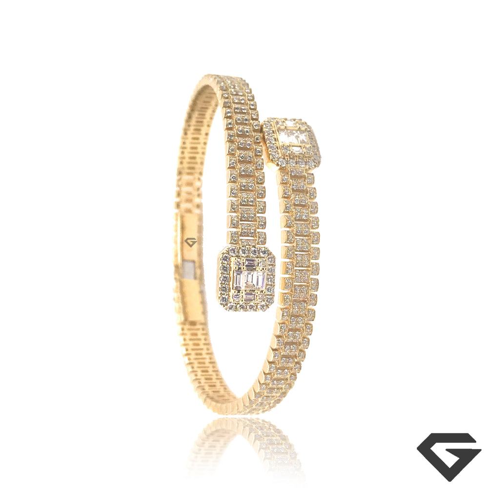 R-X 9ct Diamond Crossover Bangle set with 3.25ct of F VVS
