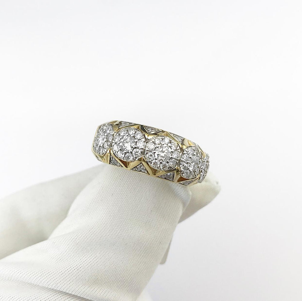 14ct Pyramid Cluster Style Diamond Ring (xl)