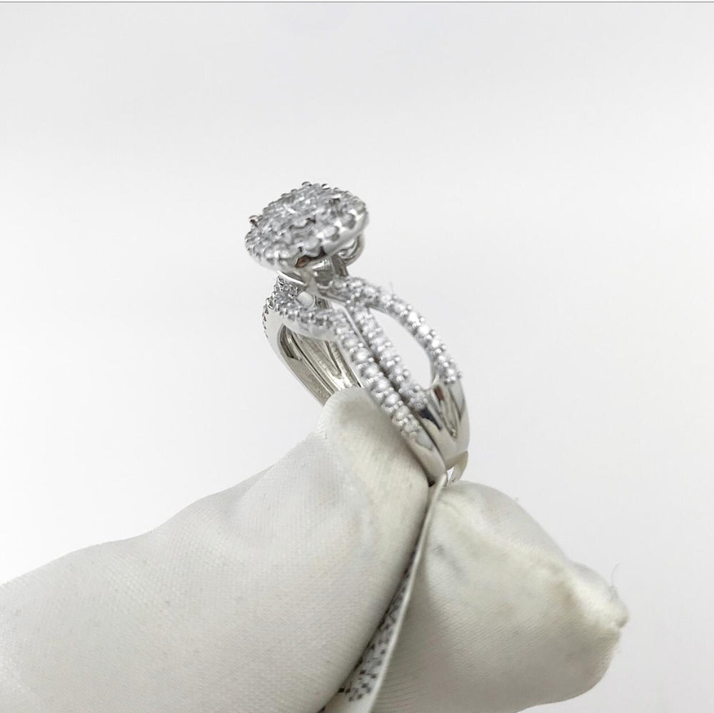 14ct White Gold Diamond Engagement Ring With Matching Band