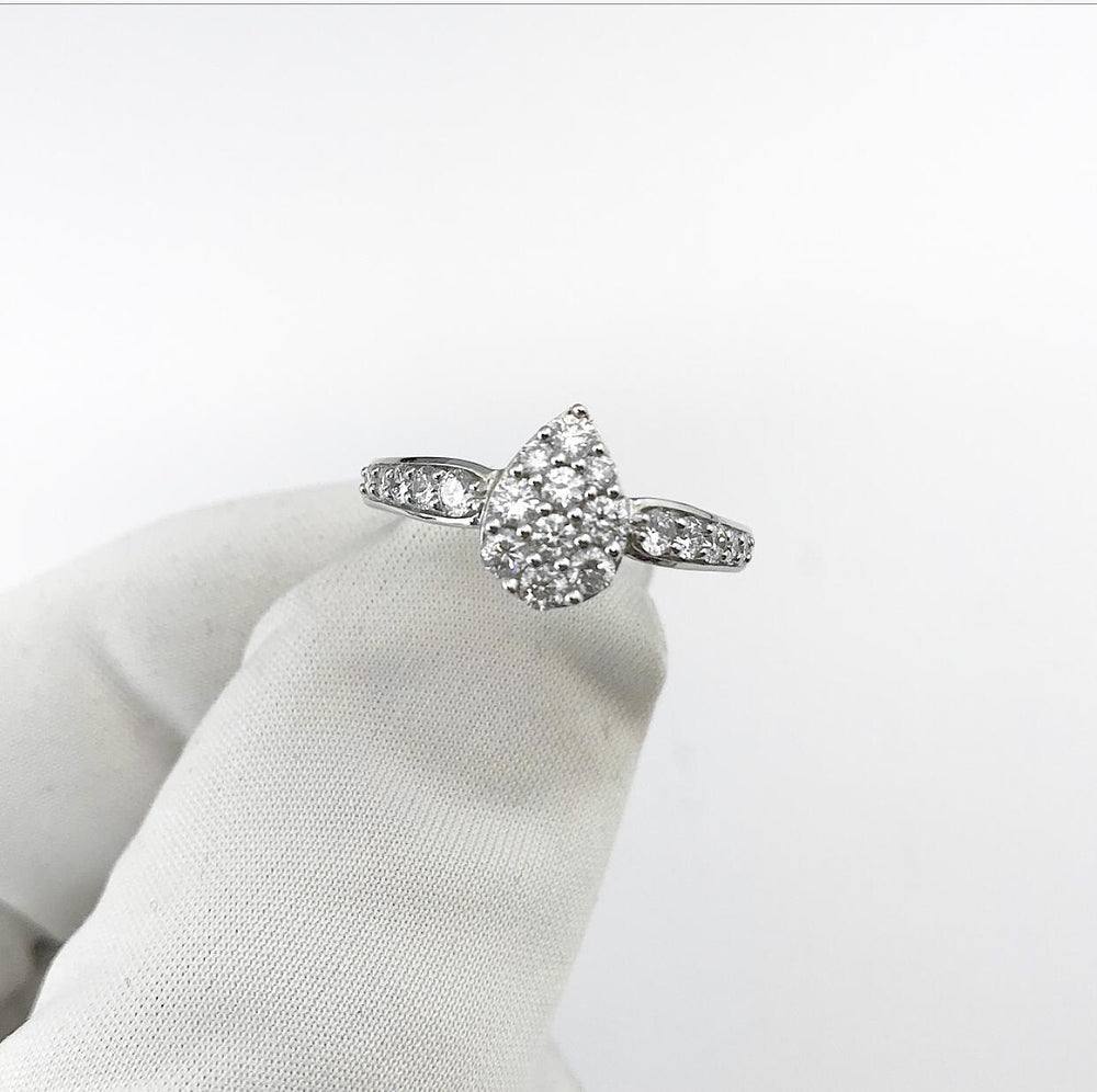 18ct White Gold Pear Shape Cluster Diamond Engagement Ring