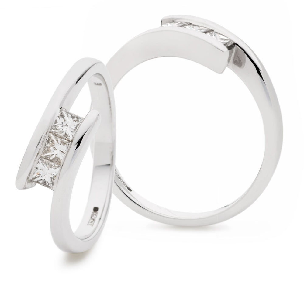 Crossover Ring with Princess Cuts 0.33ct