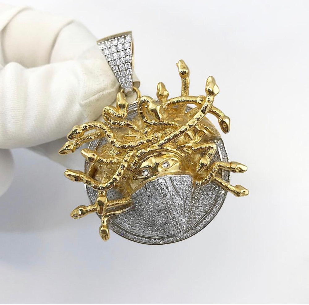18ct Yellow Gold Diamond Medusa Bandana Pendant